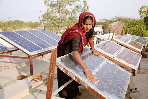 Punjab Focuses To Generate 400 Mw Power Through Solar